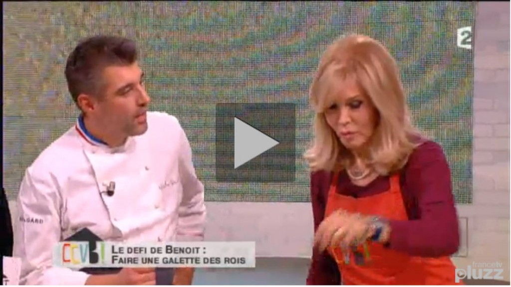 VIDEO: défier Amanda Lear et Stéphane Bern de réaliser une galette des rois