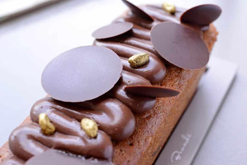 Découvrez les mystères de la perle d'Italie dans le cake Pistache de Bronte et Chocolat