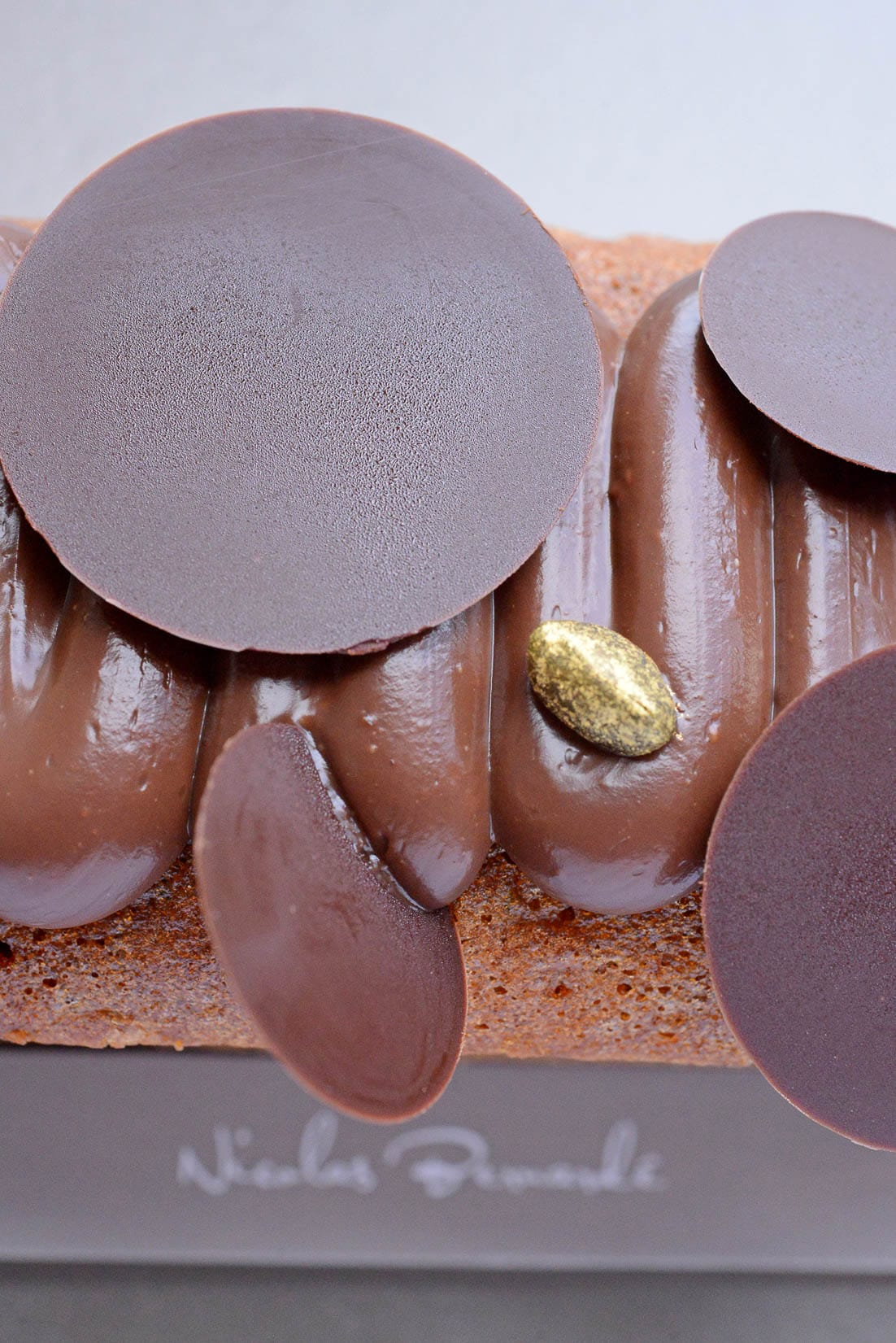 Le cake «chocolat & pistache», un détour par la Sicile en hiver