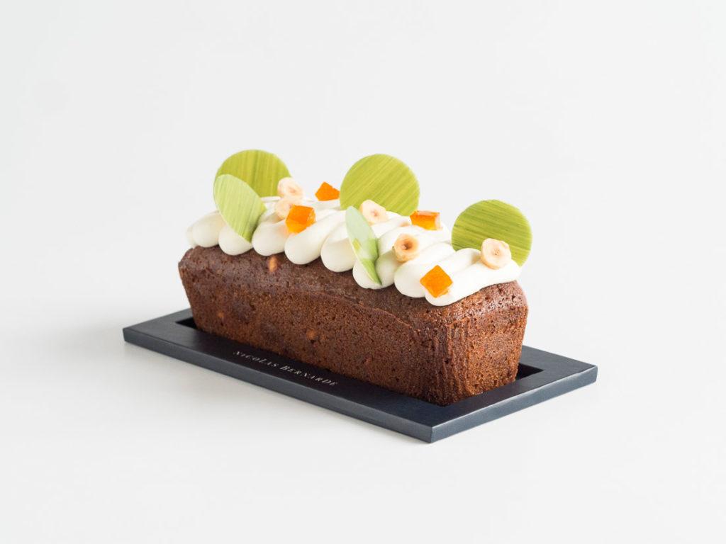 Le nouveau gâteau de voyage orange & noisette comme un retour au rêve Californien
