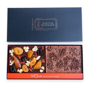 Double tablettes de chocolat grand cru aux fruits confits et aux grué de cacao