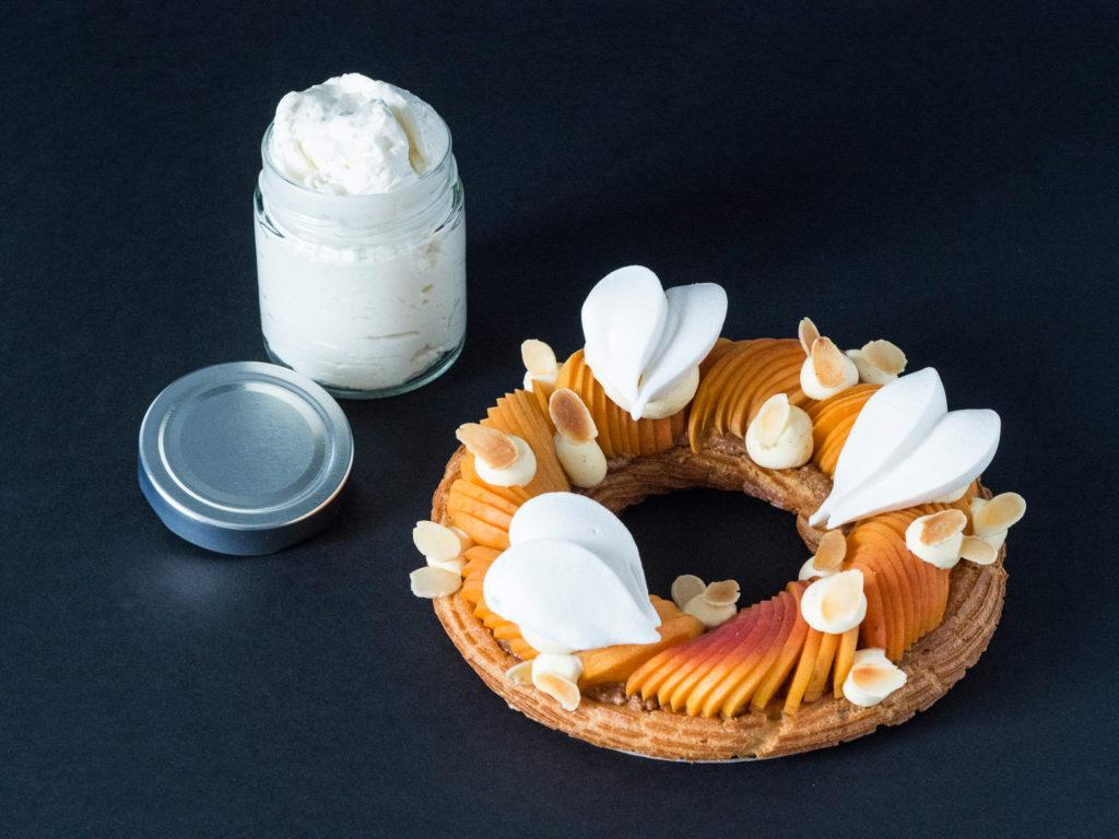 Tiare abricot et son pot de crème